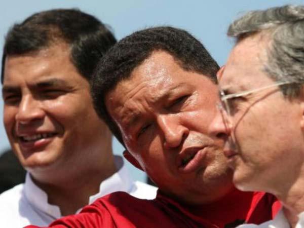 Rafael_correa_hugo_chavez_y_alvaro_uribe_en_una_imagen_de_archivo